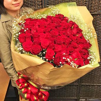 赤バラ108本 プロポーズ