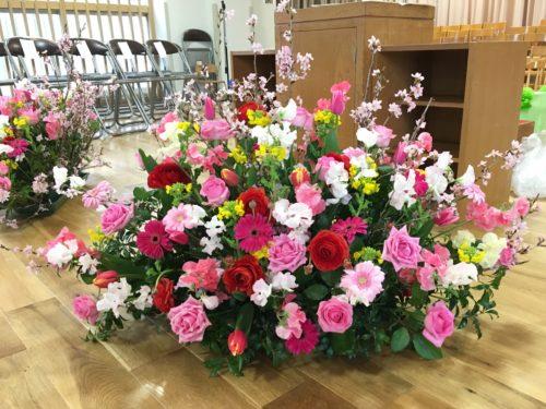 卒業式 フロアー花