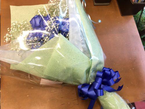 青バラ 花束
